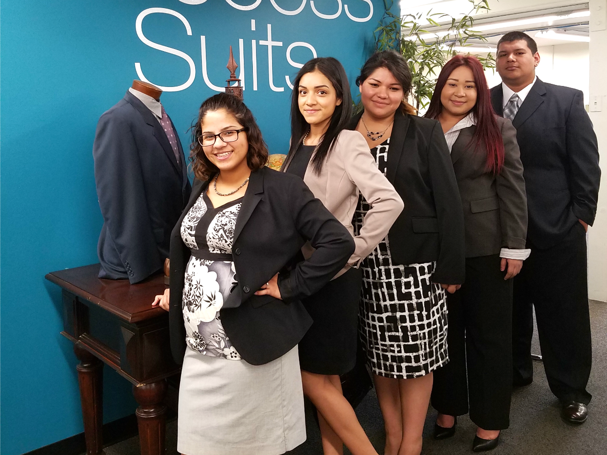 Career Success Week assists students with job market strategies — and some professional attire