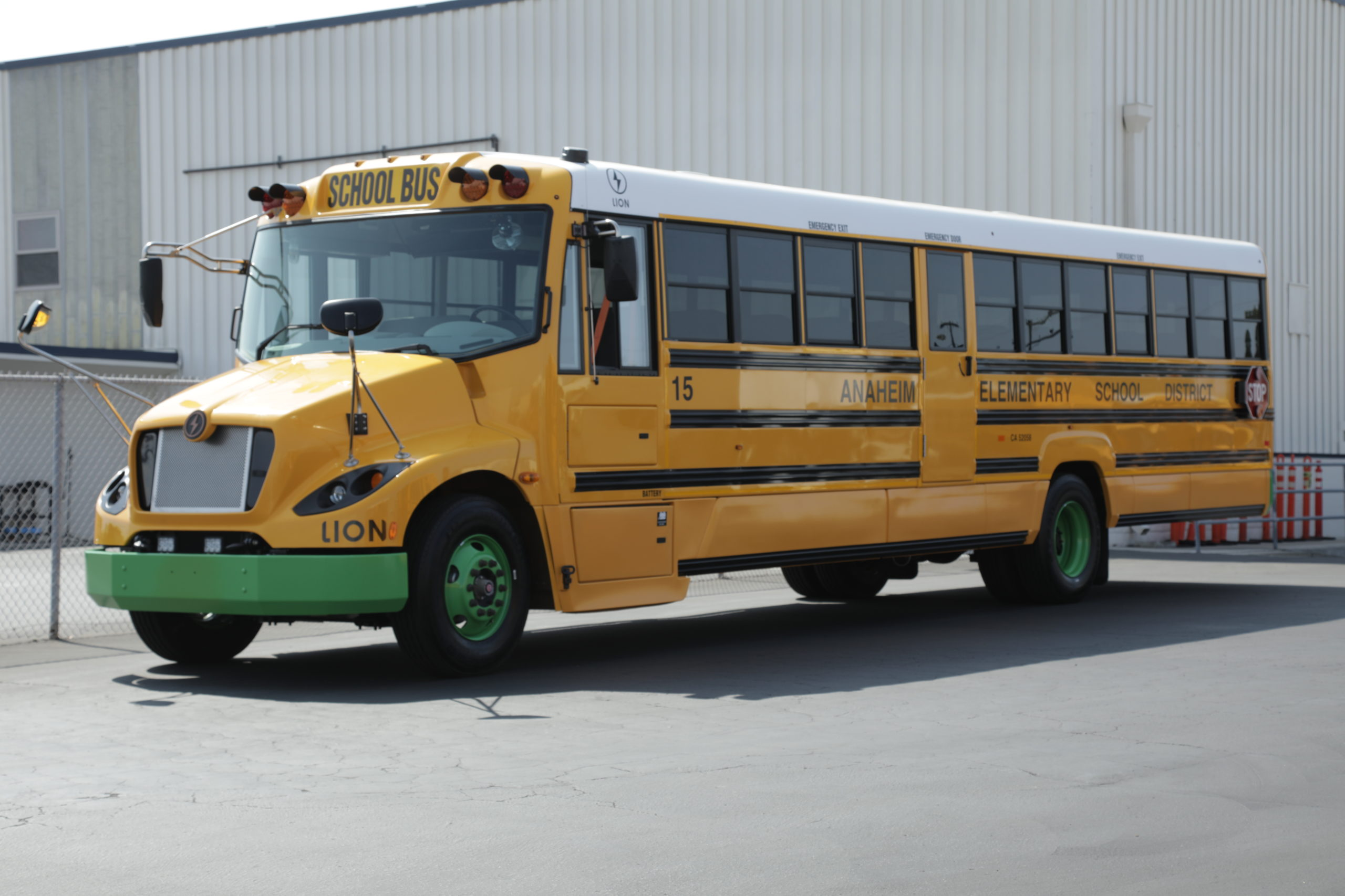 Anaheim Elementary unveils new electric school buses for 2021-22